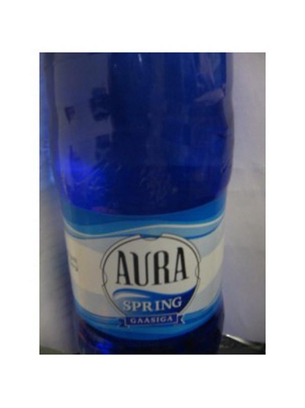 Vesi Aura Spring 1,5L karboniseeritud, plastpudel