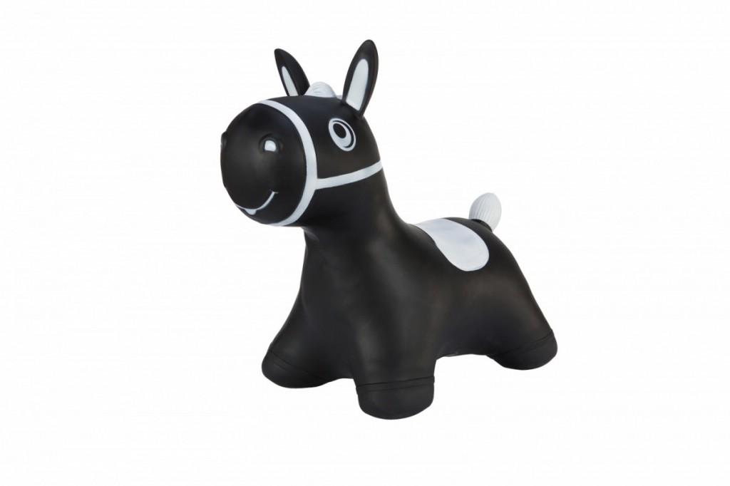 Jumper horse black