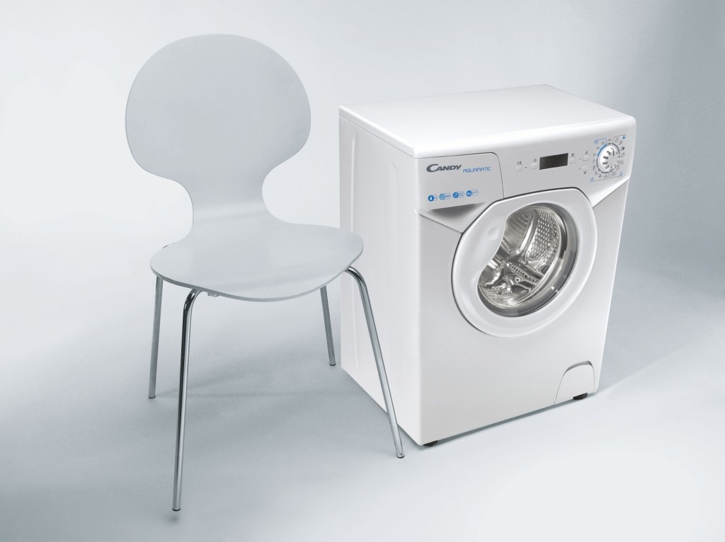 Candy Washing Machine AQUA 1042DE/2-S Energy efficiency class F, Front loading, Washing capacity 4 kg, 1000 RPM, Depth 43.5 cm, Width 51 cm, Display, LED, White