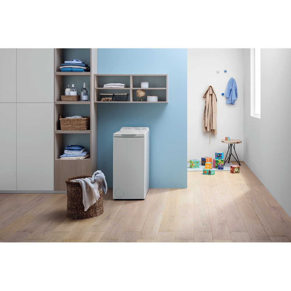 INDESIT Washing machine BTW L60300 EE/N Energy efficiency class D, Top loading, Washing capacity 6 kg, 1000 RPM, Depth 60 cm, Width 40 cm, White