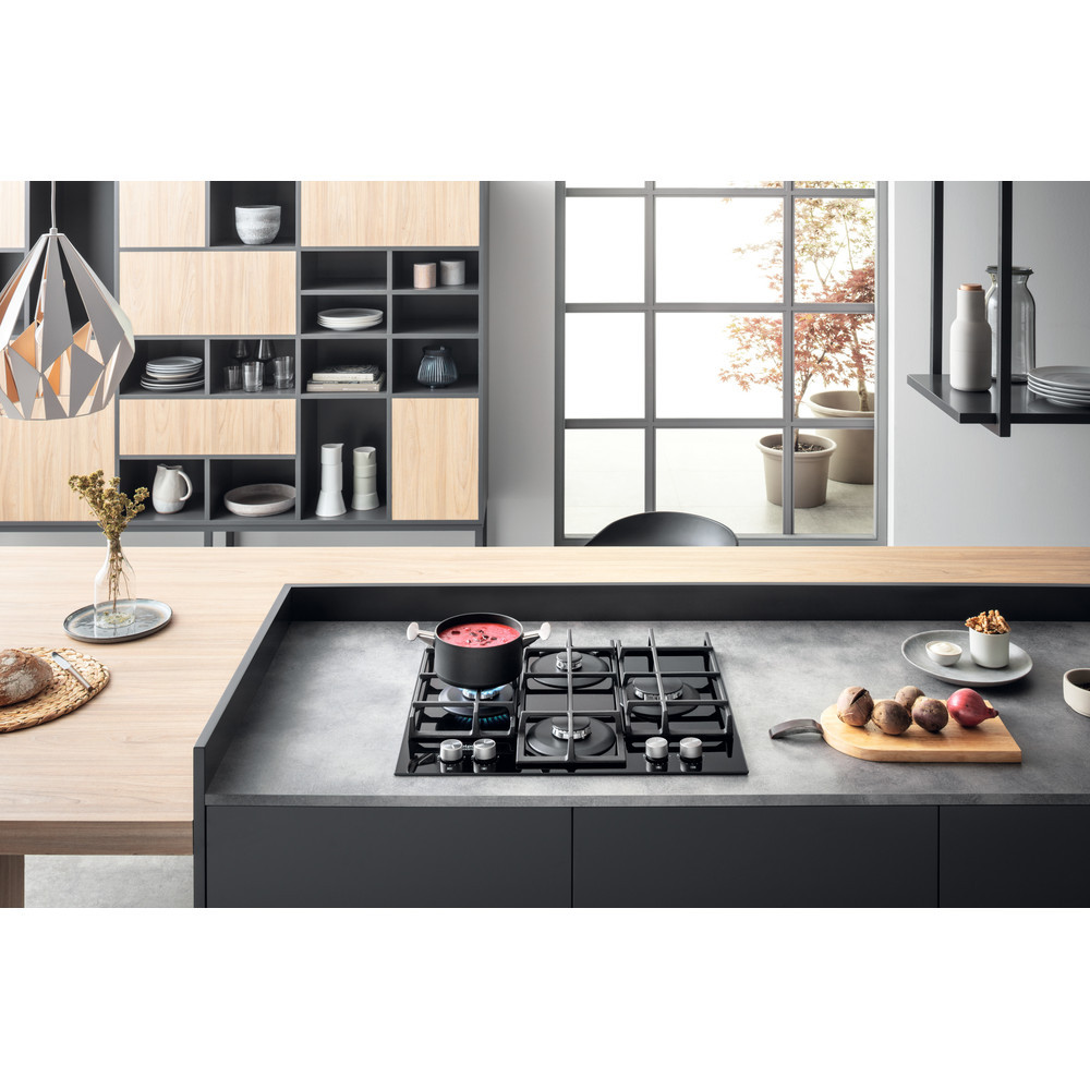 Hotpoint Hob HAGS 61F/BK Gas on glass, Number of burners/cooking zones 4, Mechanical, Black