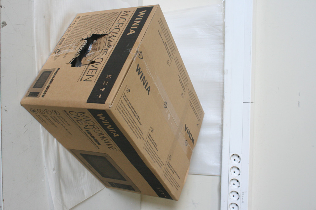SALE OUT. Winia Microwave oven KOR-664BBW Free standing, 700 W, Stainless steel/Black, DAMAGED PACKAGING