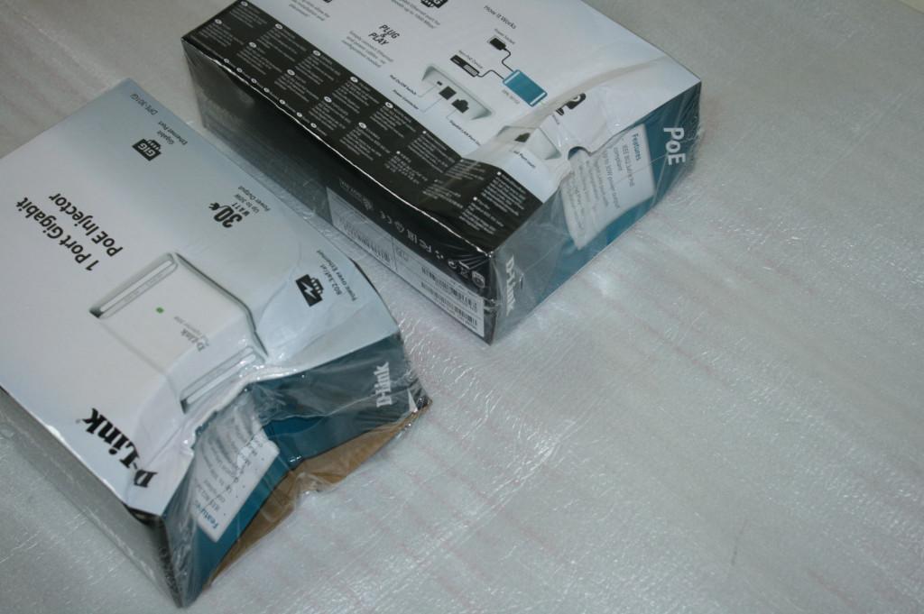 SALE OUT. D-LINK DPE-301GI, Gigabit PoE Injector, DAMAGED PACKAGING D-Link DPE-301GI Gigabit PoE Injector Compliant with 802.3af/802.3at